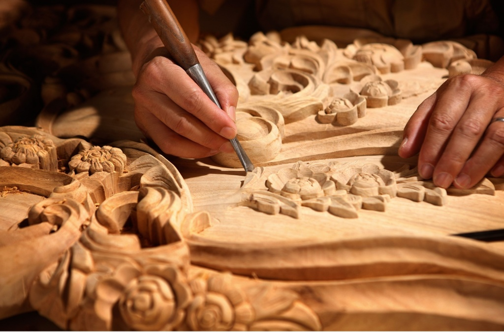 Woodcarving.jpg